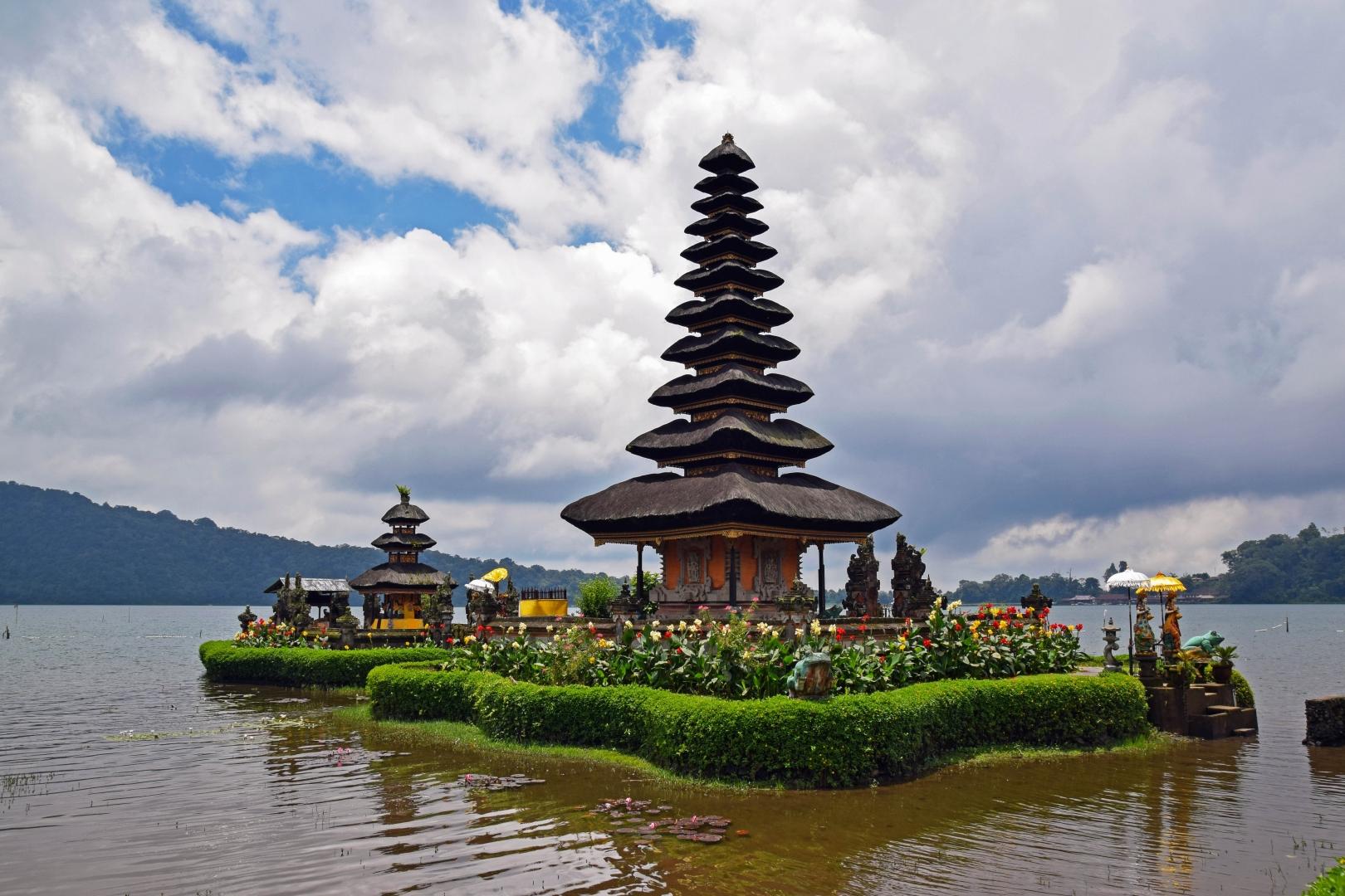 делать, картинки про индонезию почему так горячо