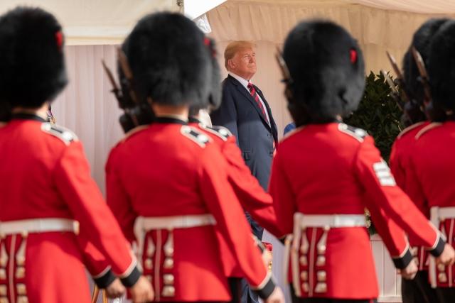 Washington Post: В чём кроется смысл поездки Трампа в Великобританию?