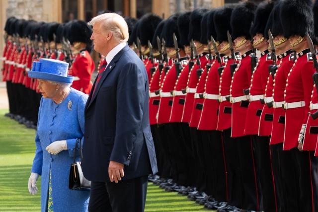 Дональд Трамп и Елизавета II