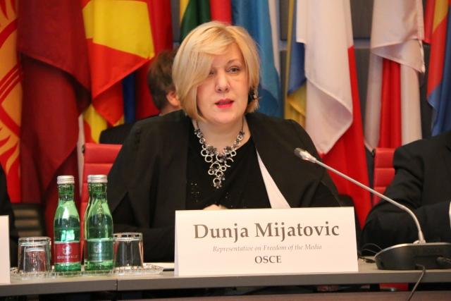 Климкин просит постоянного международного присутствия в Крыму