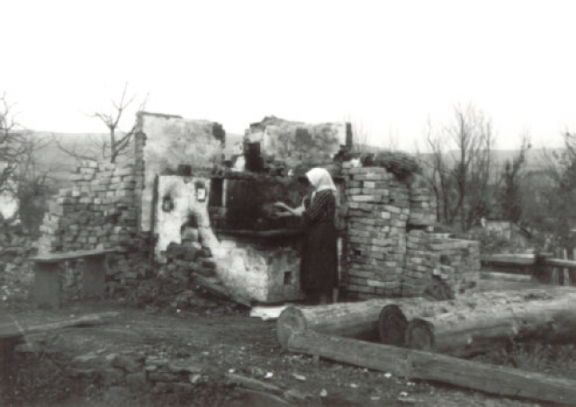 Село Буковско после нападения бандеровцев