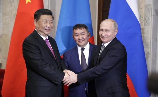Си Цзиньпин, Халтмагийн Баттулга и Владимир Путин
