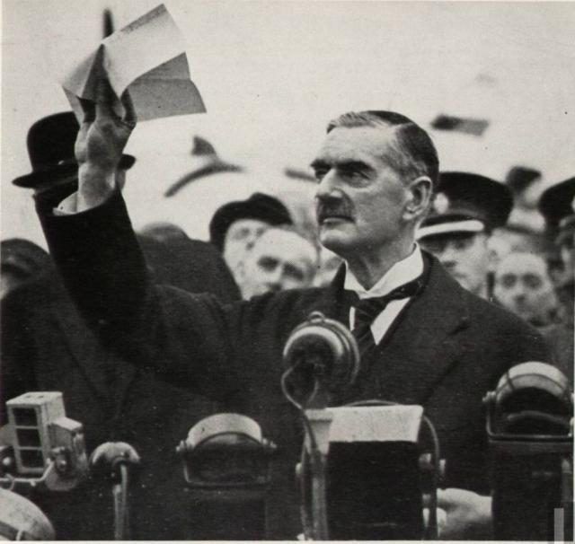 «Я привёз вам мир». Возвращение Чемберлена в Великобританию. 30 сентября 1938