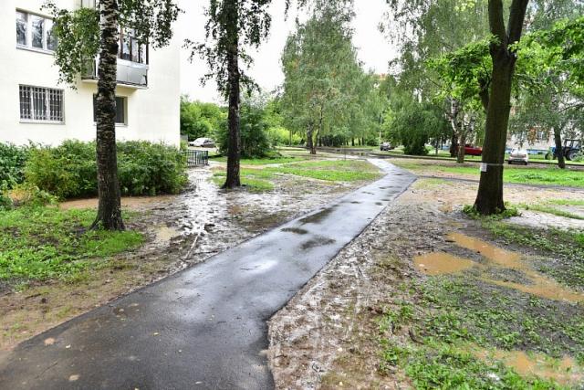 Благоустройство двора в Ярославле