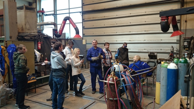Студенты на занятиях в лаборатории в Гданьском технологическом университете. Польша