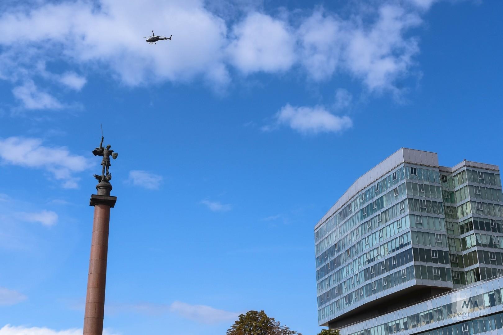 Территорию патрулировали вертолёты
