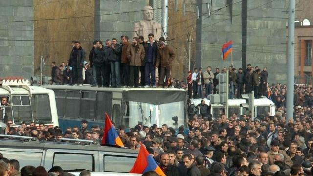 Митинг 1 марта 2008 года в центре Еревана