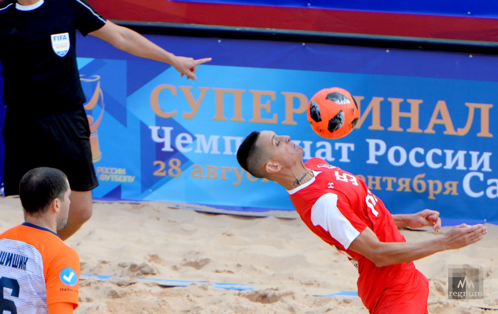 Второй этап чемпионата России по пляжному футболу. КРИСТАЛЛ против ЛОКОМОТИВА