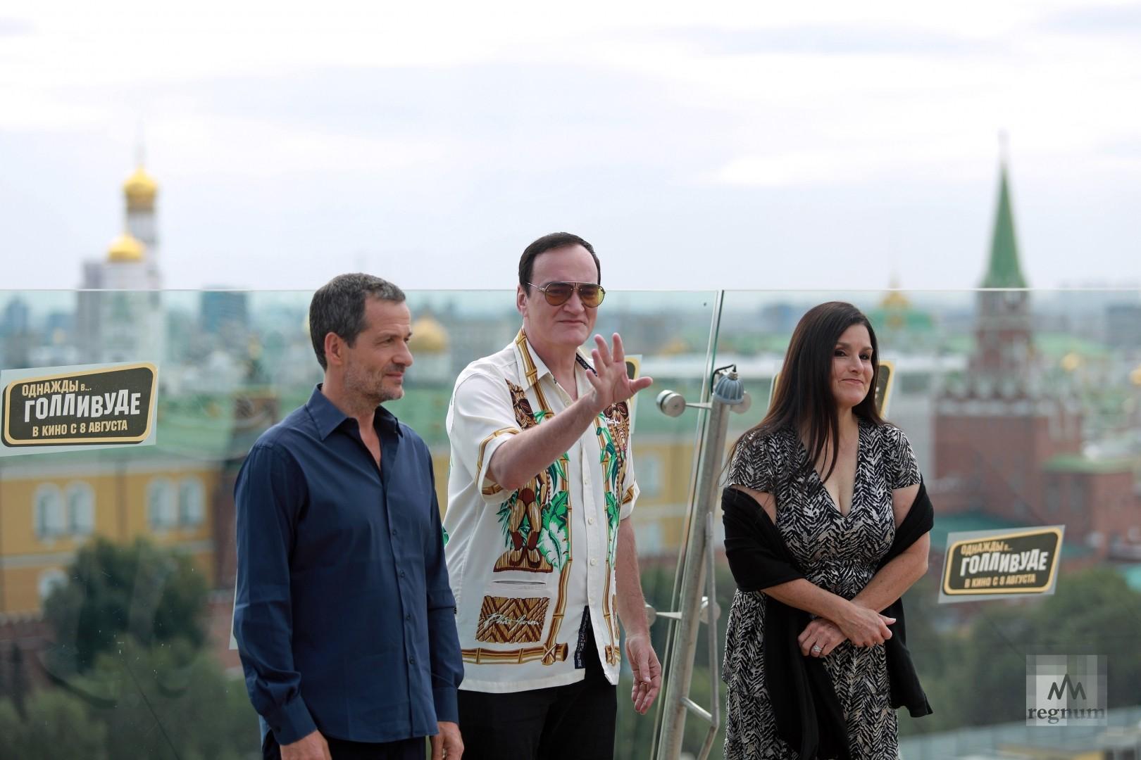 Продюсер Дэвид Хейман, режиссер Квентин Тарантино и продюсер Шеннон МакИнтош (слева направо)