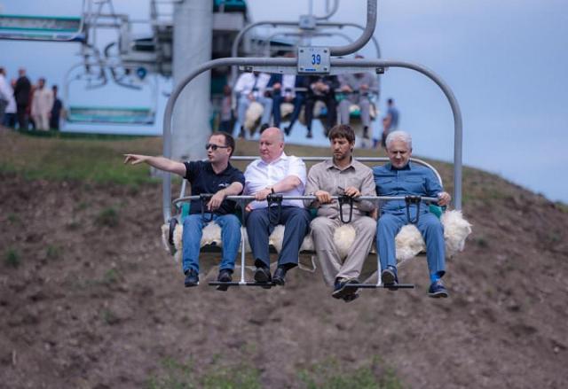 Сергей Чеботарёв ознакомился с ходом строительства курорта «Ведучи»