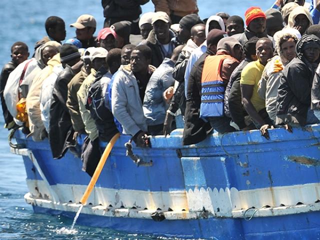 Мигранты. Италия