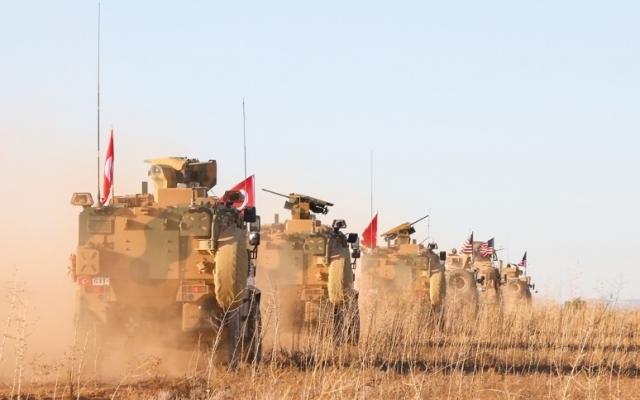 Турецкие и американские войска участвуют в совместном патрулировании территории. Сирия