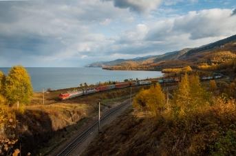 Транссиб возле Байкала