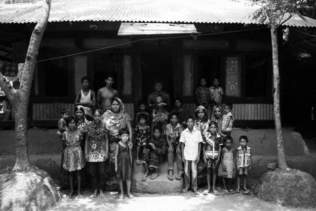 Сайфул с семьей