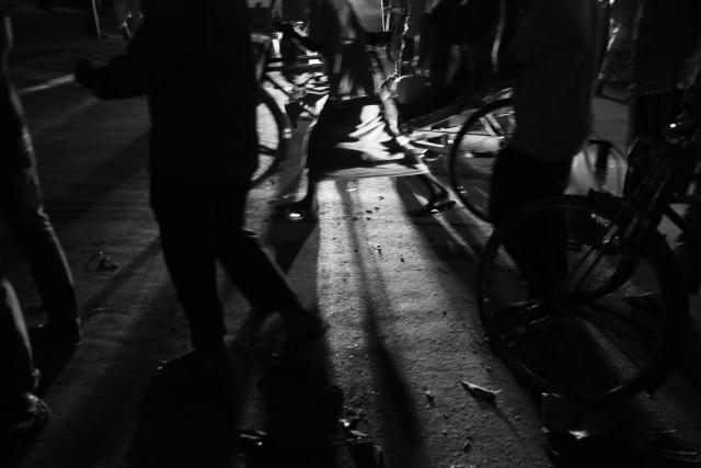 Ночью город превращается в еще более сложный организм