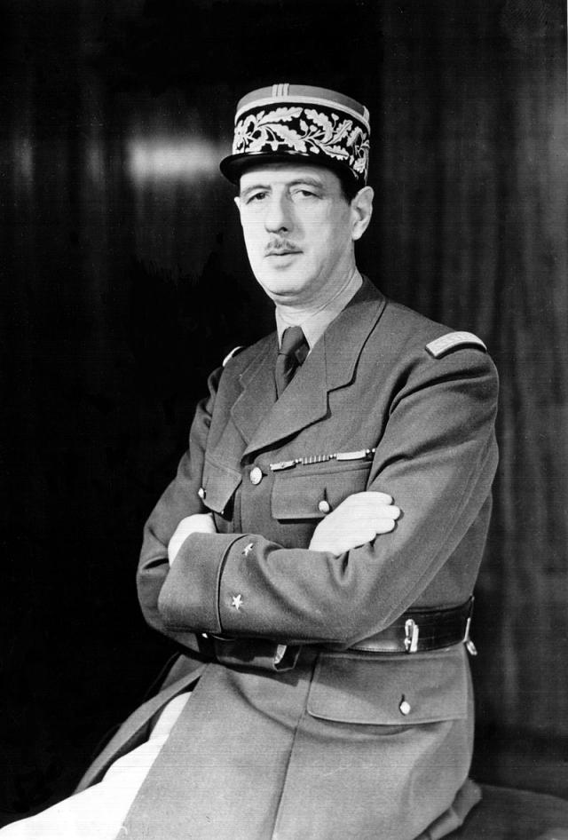 Шарль де Голль около 1942 года