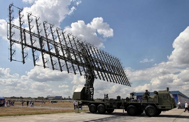 Метровый модуль РЛС из комплекса «Небо»