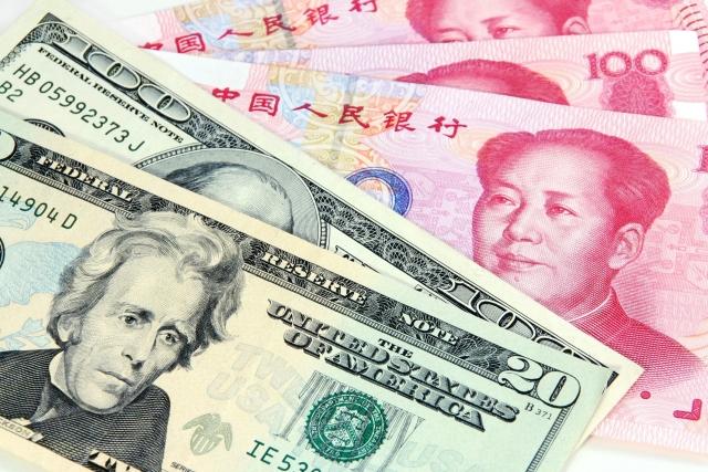 Доллар и юань