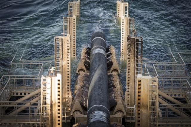 Укладка трубопровода «Северный поток ‑ 2»