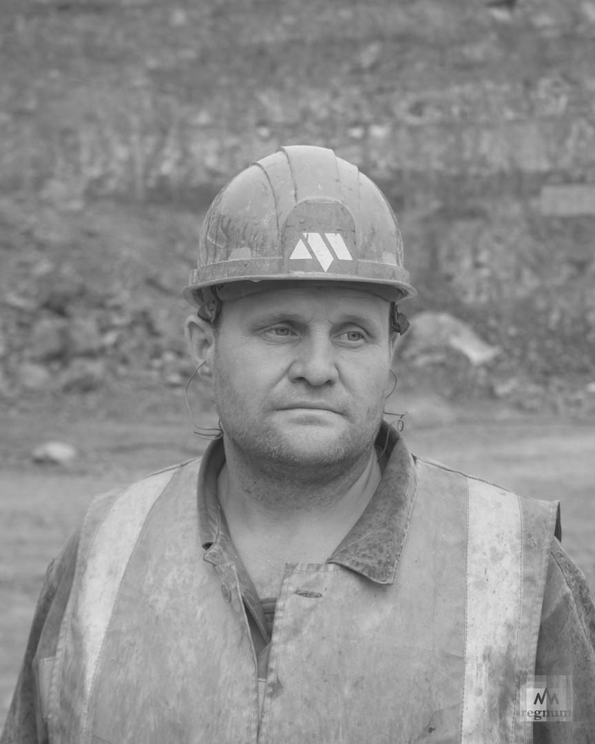 Станислав, машинист буровой установки