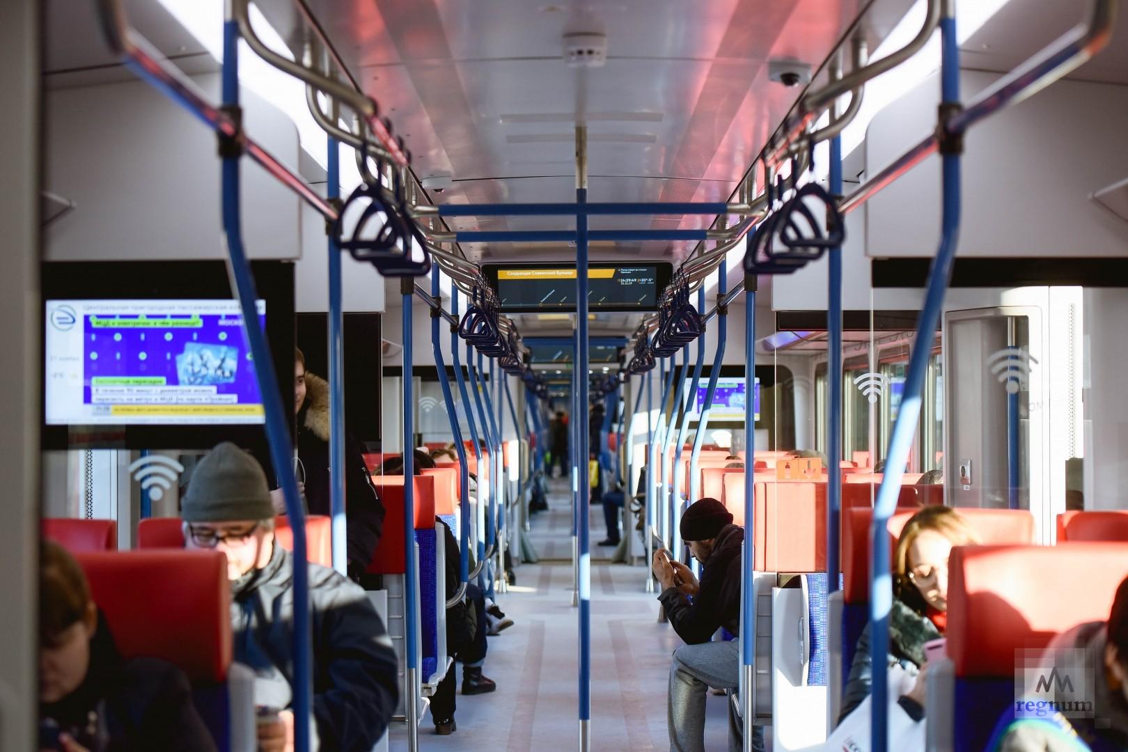 Тамбуров в новых поездах нет