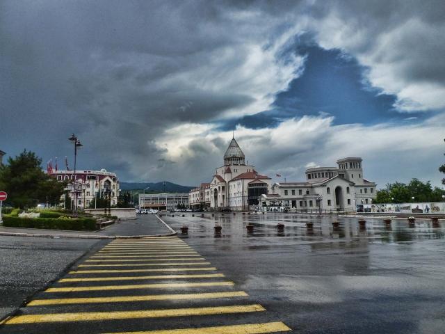Мирный Степанакерт. Нагорный Карабах