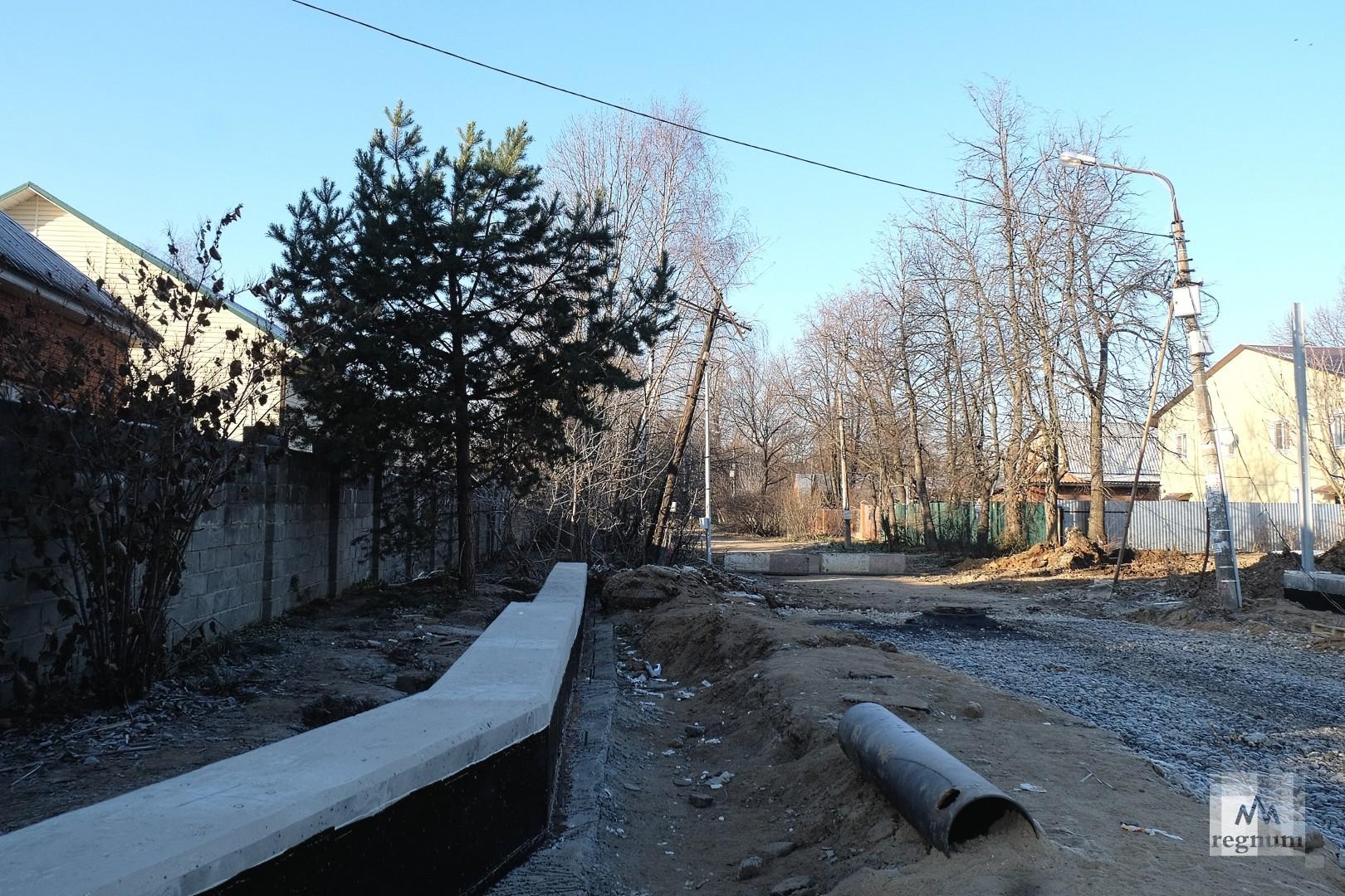 Улица примыкающая к Разинскому шоссе