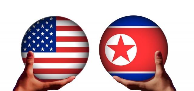 Флаги США и КНДР
