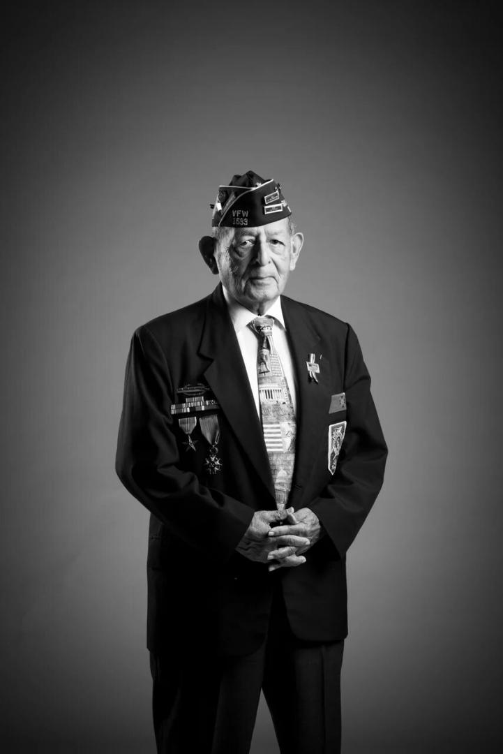 «Портреты ветерановВторой мировой войны» Томас Жименец, ВВС США, авиакорпус. Время службы: март 1944 – июнь 1946 г. Чалстон, штат Южная Каролина, США