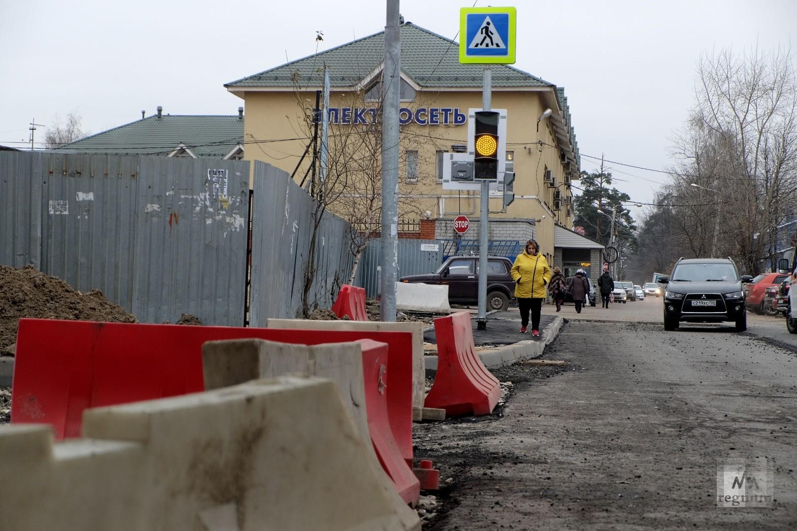 Строительство эстакады в Салтыковке