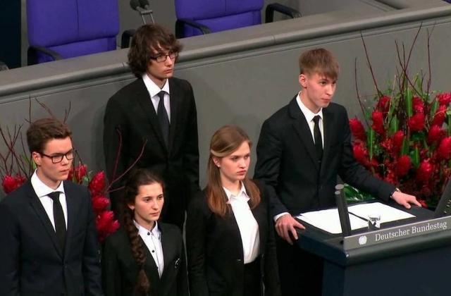 Выступление Коли из Уренгоя в Бундестаге