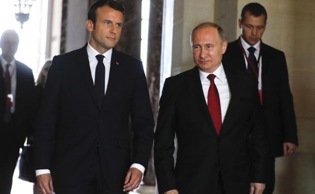 Эмануэль Макрон и Владимир Путин