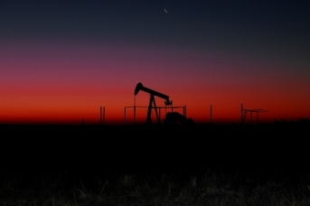 Когда нефтянка начнет кормить народ России?