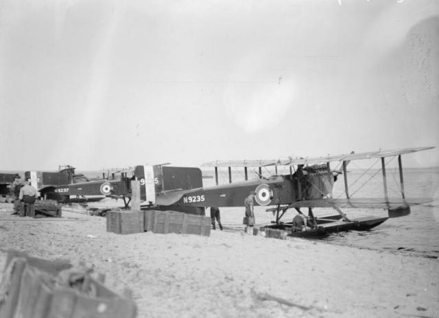 Гидросамолеты Fairey 3С, готовые к вылету из Онежского озера. Медвежья гора, октябрь 1919 года