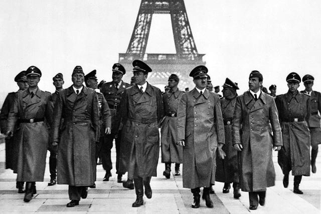 Гитлер в Париже. 1940
