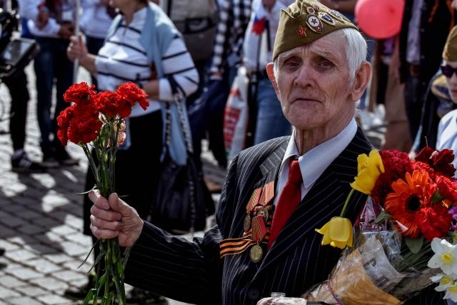 Выплаты и медали к 75-летию Победы: как в России чествуют ветеранов