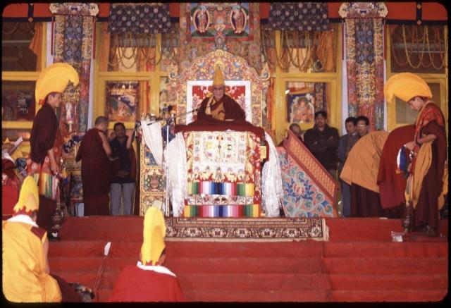 Далай-лама проводит посвящение в калачакру в Бодх-Гая в 2003