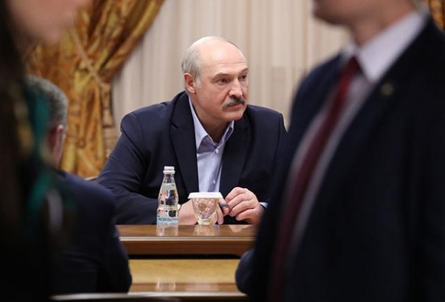 Во время переговоров в расширенном составе с Владимиром Путиным, 7 февраля 2020 года