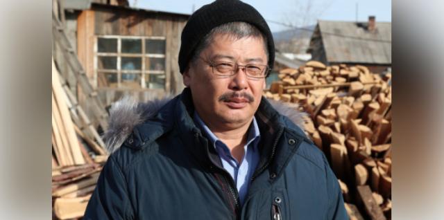 Преподаватель ОБЖ читинской школы № 17 Баир Намжилов