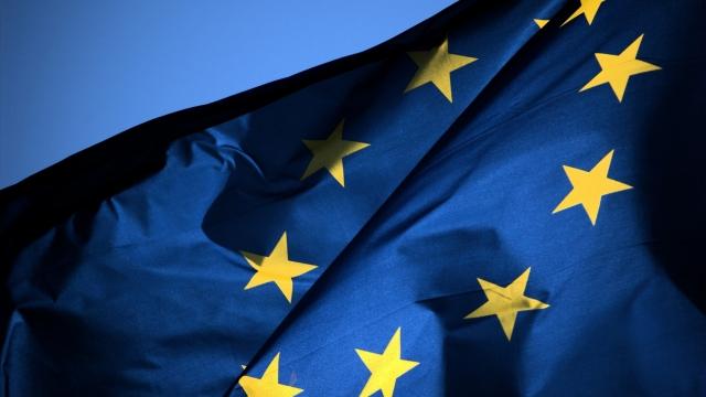 Бюджет ЕС на съедение голодным: как бедные с богатыми бодаются