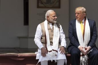 Американская игра в наперстки с Индией против китайского Пояса и Пути