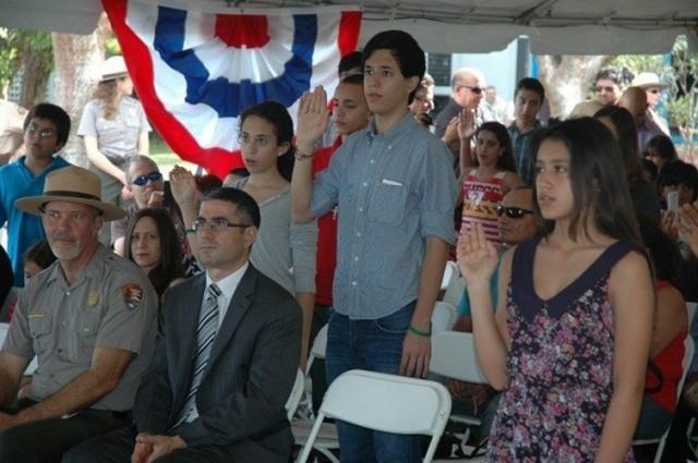 Церемония получения гражданства США