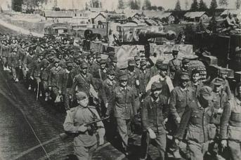 Плененные солдаты «фюрера» в боях южнее города Минска. «Минский котел». 1944
