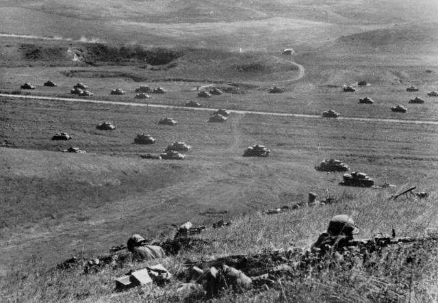 Немецкие танки в предгорьях Кавказа. 1942