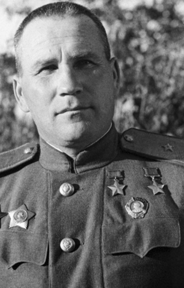Дважды Герой Советского Союза Иван Фесин