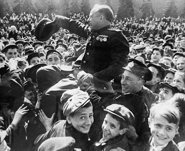 Победа! Москва, Красная площадь. 1945