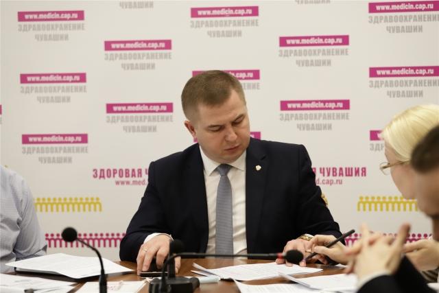 Министр здравоохранения Владимир Степанов