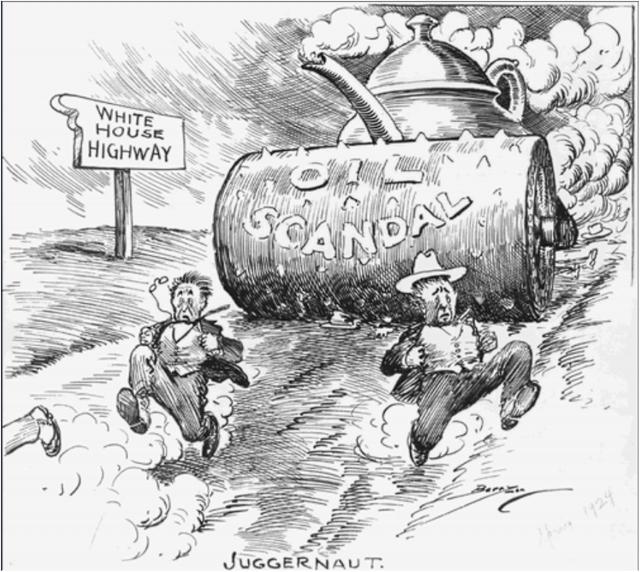 Крупнейший до Уотергейта коррупционный скандал на высшем политическом уровне в США. Министр внутренних дел Альберт Фолл был посажен в тюрьму за получение огромной взятки в $100 тыс. за передачу «Заварочного чайника» частной нефтяной компании