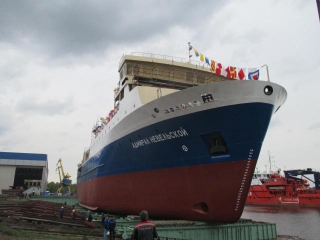 Паром Адмирал Невельской для Курильских островов спущен на воду в Санкт-Петербурге.