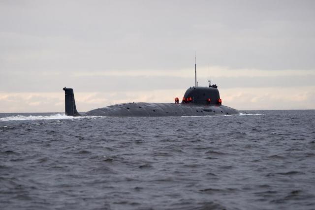 Атомная подводная лодка Северного флота